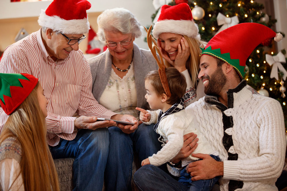 Sentimental Seniors - How to Celebrate the Holidays Together